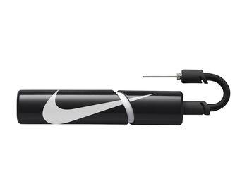 Nike Essential Boldpumpe